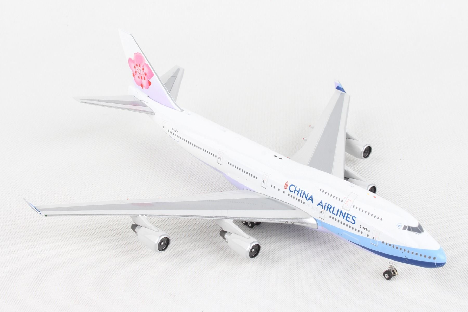 China Airlines B747-400 B-18215 (1:400)