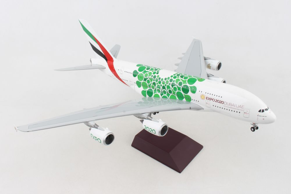 1//200 Emirates Airbus A380 in standard livery