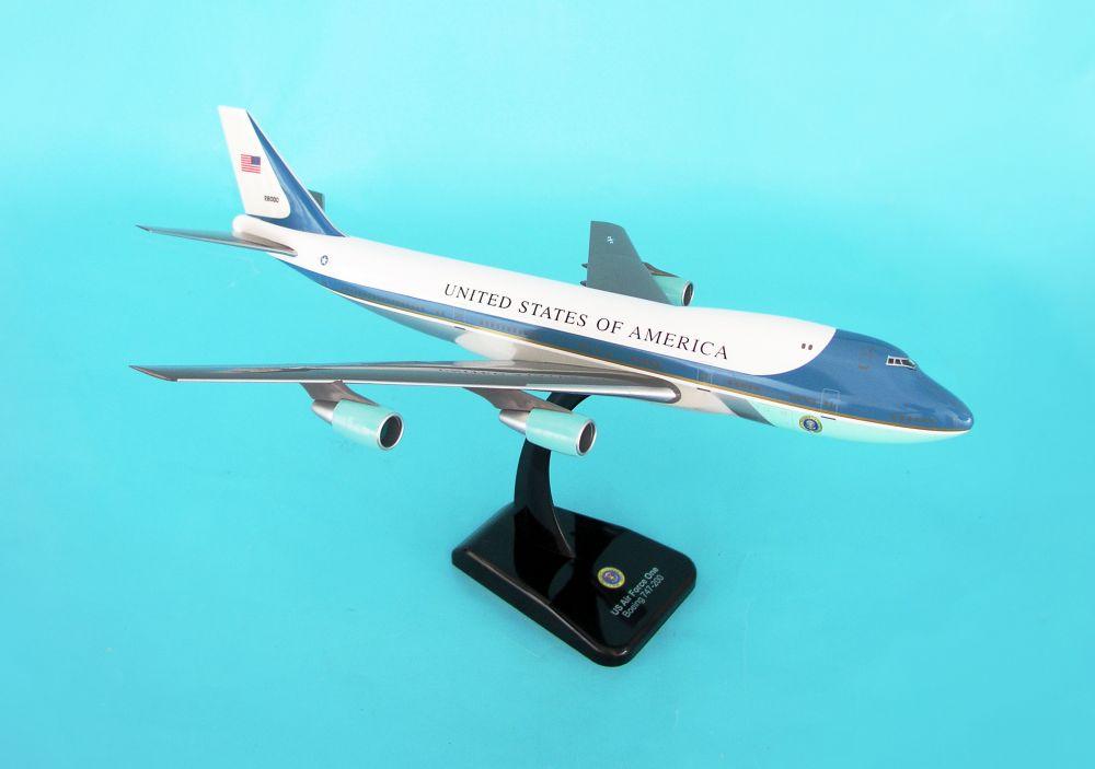 Hogan Air Force One B747-200 1:200 Scale Model Airplane