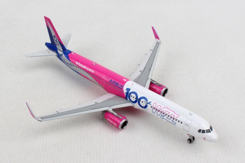 Phoenix Wizz Air A321w 1 400 100th Airbus Reg Ha Ltd